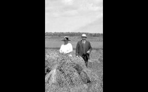 William Miner and wife Alice, circa 1910